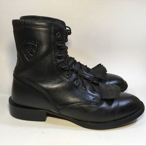 Women's Ariat kiltie black leather ankle boots 9B